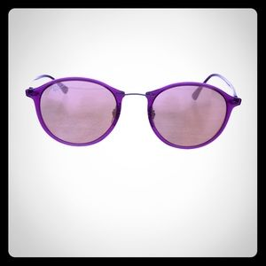 Violet round Ray Bans excellent condition w case